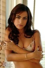Sexy Brunette Mariana Goulart-00