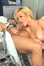 Therapy According To Kayden Kross-03