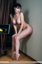 Phylis Busty Naked Babe With An Apple-11