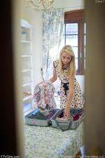 Unpacking Views-00