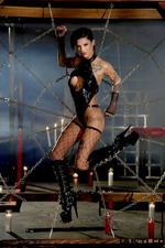 Bonnie Rotten In To The Core-11