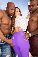 Remy Lacroix Gets Fucked By Two Big Black Cocks-08