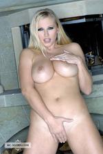 Nikita Busty Naked Blonde Babe Posing-10