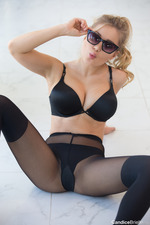 Candice Brielle In Black Set-09