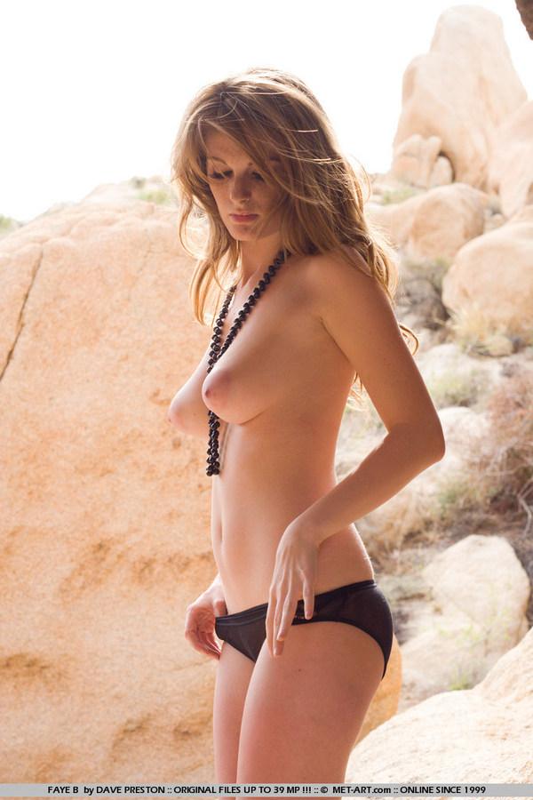 Porn star sexy nude girls