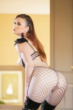 Karlie Montana Shows Perfect Round Ass-07