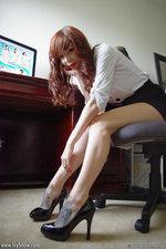 Tattoed Babe Pleasure In Her Office-03