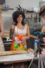 Cooking Show With Extras-00