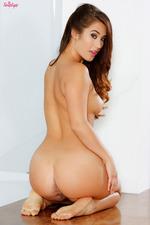 Eva Lovia Hot Assed Brunette Babe Gets Naked-10