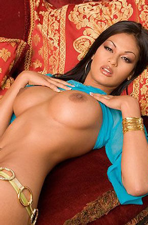 Carmen Reyes Hot Brazilian Body
