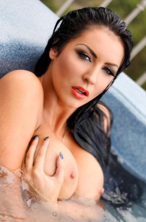 Yasmine Jackson In The Pool