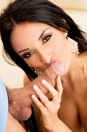 French Slut With Big Wet Tits Opens Her Anal Border
