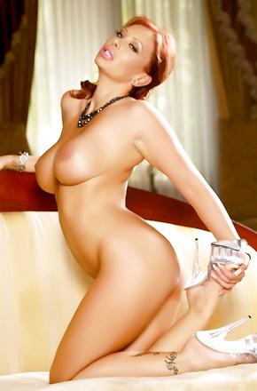 Redhead Stella Styles