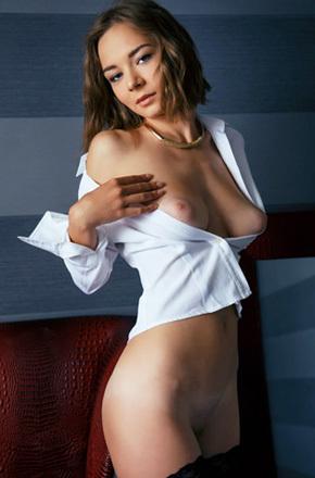 Erotic Brunette Selina