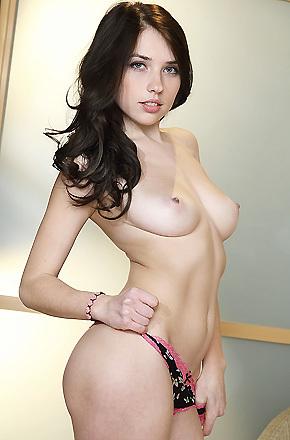 Niemira In Panties