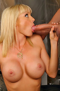 Blonde Babe Free Porn Pictures