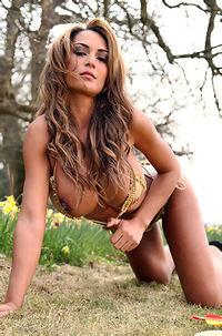 Fernanda Ferrari Sexy Archer