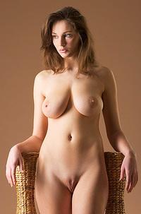 Ashley Amphoras Posing Naked
