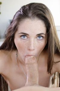 Small Titted Sexy Teen Bella Skye Jizzed