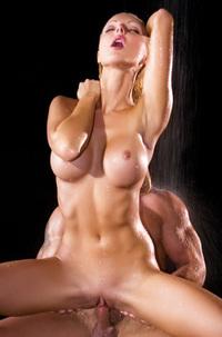 Vanessa Goldi In Milk